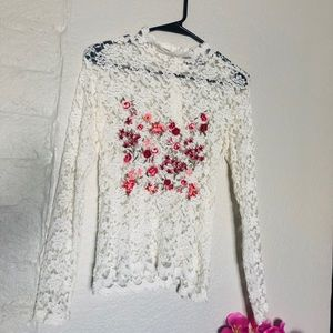 White embroidery Lace full sleeves top